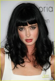 Krysten Ritter - another hair inspiration. Love the dark hair and blunt bang…