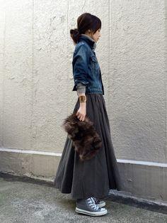 ari☆さんの「デザインスカート(antiqua)」を使ったコーディネート Modest Fashion, Hijab Fashion, Skirt Fashion, Korean Fashion, Fashion Outfits, Japan Fashion, Daily Fashion, Everyday Fashion, Love Fashion