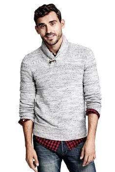 Gray knit sweater with shawl collar, front toggle, and pattern-knit yoke.│ H&M Men