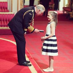Gabriella Rummery, from Brasted, Kent, carried out one of her late grandmother's final wishes by picking up a CBE from Prince Charles on her behalf at Buckingham Palace Charles And Diana, Prince Charles, Royal Family History, The Last Wish, Clarence House, Duchess Of Cornwall, Prince Of Wales, Lady Diana, Buckingham Palace