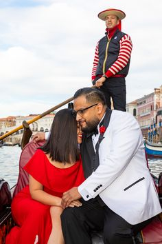 Have your Venice Proposal candidly photographed by professional photographers in Italy. Couple Posing, Couple Photos, Proposal Photographer, Surprise Wedding, Rome Italy, Professional Photographer, Photo Sessions, Venice, Cool Pictures