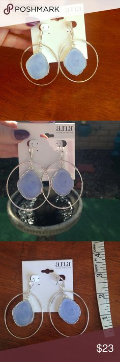 🌀🌀 Blue Agate Earrings NWT Stunning baby blue and silver tone hoop dangle earrings. New no flaws . Jewelry Earrings