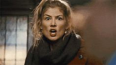 Pin for Later: How Stars REALLY Reacted to Their Oscar Nominations Rosamund Pike Rosamund Pike's best actress nod is the only nomination Gone Girl received. We imagine Rosamund was happy but also felt a little like this. Marie Claire, Rosamund Pike, Gone Girl, Keep It Real, End Of The World, Best Actress, Videos Funny, Funny Gifs, Handsome Boys