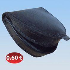 Πορτοφολάκι για ψιλά 0,60 €-Ευρω Hats, Fashion, Moda, Hat, Fashion Styles, Fashion Illustrations, Hipster Hat