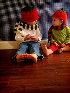 strawberry hats by grosgrainfabulous, via Flickr - AWESOME TUTORIAL FOR BEGINNERS