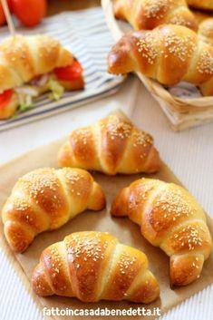 Banana Recipes, Bread Recipes, Cooking Recipes, Biscotti, Mini Croissants, Easy Holiday Recipes, Snacks, Antipasto, Bread Baking