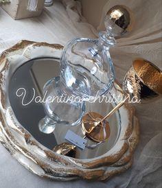 Σετ κουμπάρου νέα σχέδια by valentina-christina 2105157506 #γαμος #wedding #stefana#χειροποιητα_στεφανα_γαμου#weddingcrowns#handmade #weddingaccessories #madeingreece#handmadeingreece#greekdesigners#stefana#setgamou#στέφαναγάμου #σετγαμου #σετκουμπαρου#valentinachristina Decoupage, Tray, Wedding, Home Decor, Valentines Day Weddings, Decoration Home, Room Decor, Weddings, Mariage