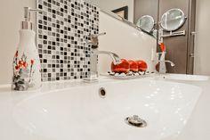 Reno, Home Decor, Bath, Decoration Home, Room Decor, Home Interior Design, Home Decoration, Interior Design