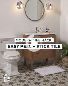 Small bathroom design: get ideas for bathroom renovation in this video! Diy Interior, Bathroom Interior, Rental Bathroom, Luxury Interior, Interior Design, Bathroom Renovations, Remodel Bathroom, Budget Bathroom Makeovers, Inexpensive Bathroom Remodel
