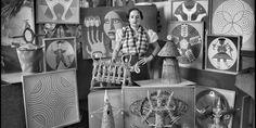 Vicente Moreno, 1936. Maruja Mallo en su estudio, rodeada de sus obras.