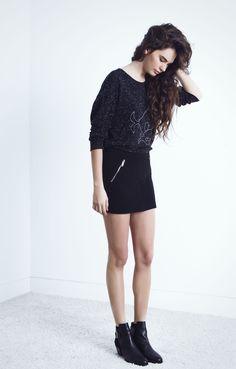 Look Colección Otoño-Invierno 14. Falda de sudadear y camiseta serigrafiada