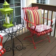 Spruce up patio furniture with spray paint