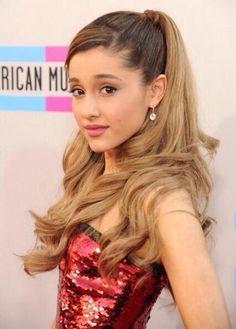 Ariana Grande's beautiful hair <3