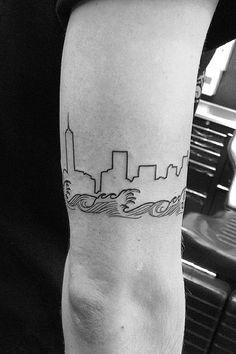 Gustav skogens 39 chicago skyline tattoo in focus tatts for Cleveland skyline tattoo