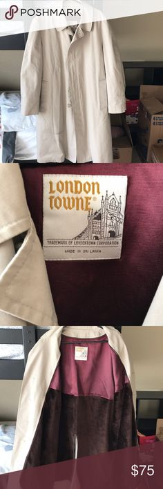 Vintage London Towne trench coat Vintage trench coat: London Towne with removable inner lining. Size 44 regular London Towne Jackets & Coats Trench Coats
