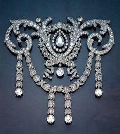 Cartier Diamond Brooch Mounted In Platinum
