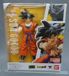 SH S.H. Figuarts Dragon Ball Z DBZ Son Goku Saiyan Grown on Earth Bandai Japan** #DragonBallZ #ActionFigures #Toys Anime Figures, Action Figures, Goku Toys, Goku Saiyan, Goku Manga, Goku Super, Anime Toys, Son Goku, Geek Gifts