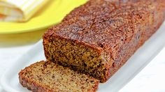 Super Moist Banana Bread with yogurt – see what is the trick to keeping it super moist!