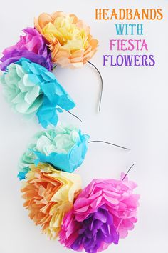DIY Tissue Paper Flower Headband Create these DIY tissue paper flower headbands before or during a family fiesta! Here are the step-by-step instructions you'll need to make them! Tissue Paper Flowers, Paper Flower Backdrop, Diy Flowers, Diy Flower Crown, Diy Crown, Mexican Paper Flowers, Tissue Paper Crafts, Diy Headband, Flower Headbands