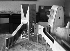 Hejduk a la platja Arch Architecture, Architecture Drawings, John Hejduk, Arch Model, Model Building, Installation Art, Studio, House Styles, Thesis