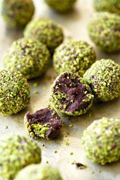 Chocolate truffles with pistachios