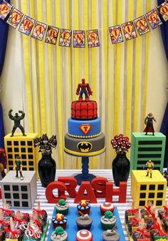49 Trendy Birthday Table Decorations For Men Decor Superhero Party Avengers Birthday, Batman Birthday, Batman Party, Superhero Birthday Party, Third Birthday, 4th Birthday Parties, Superhero Party Decorations, Super Hero Decorations, Super Hero Birthday