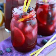 Blueberry Lemonade ~ Light and refreshing homemade lemonade flavored with fresh blueberries. 2 cups fresh blueberries cup granulated sugar cup freshly squeezed lemon juice 4 cups cold water, divided Lemon slices and blueberries to garnish, if desired Blueberry Water, Blueberry Syrup, Blueberry Lemonade, Strawberry Lemonade, Blueberry Delight, Fruit Drinks, Non Alcoholic Drinks, Beverages, Cocktails