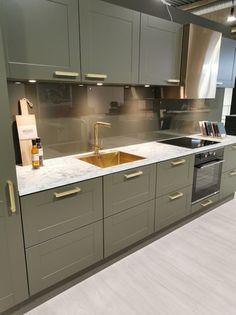 AUBO Trend Nordic kjøkken New Kitchen Inspiration, Ikea Kitchen Remodel, Nordic Kitchen, Interior Design Kitchen, Backsplash, Kitchens, Kitchen Cabinets, Home Decor, Minimalism