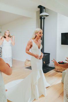 ALEY Wedding Pics, Wedding Trends, Wedding Bells, Wedding Day, Dream Wedding Dresses, Wedding Gowns, One Day Bridal, Perfect Bride, Bohemian Bride