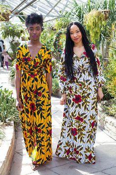 LA robe Maxi EUDOXIE en or Hibiscus par AsikereAfana sur Etsy