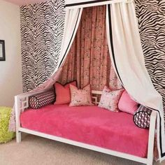 Traditional Kids Photos Girl Tween Room Design Ideas, Pictures, Remodel, and Decor - page 78