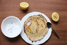 Poires au Chocolat: Pancakes with Lemon & Thyme Sugar (and maple-caramelised bananas with cream)