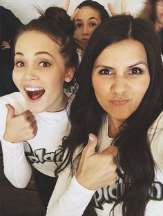 Kelli Berglund with her sister and Candice from Radio Disney