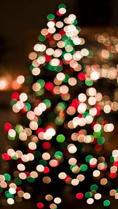What better way to celebrate Christmas than with a beautiful iPhone background?