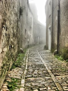 Erice, Sicily definitely is magical! Sitting in the clouds, cobble stone walkways, just amazing!