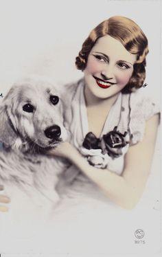 RETRIEVER & WOMAN REAL PHOTOGRAPHIC DOG POSTCARD