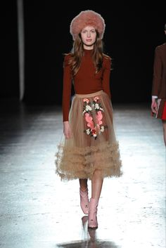 Take a look to Vivetta Collections Fall Winter 2016-17collection: the fashion accessories and outfits seen on Milano runaways.