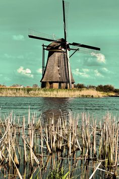 kinderdijk, holland windmills  photography