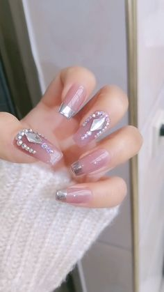 ネイルサマーネイルアート> The 33 pretty nail art designs that perfect for spring looks 1 en 2020 Nail Art Designs Videos, Diy Nail Designs, Acrylic Nail Designs, Acrylic Nails, Acrylics, Bling Nails, Diy Nails, Cute Nails, Pink Manicure