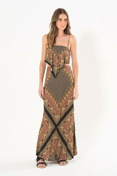 vestido longo lenco camelo