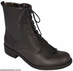 Coturno Feminino Cravo e Canela  Com pegada militar e traduzido para look's feminino o coturno é um estilo de bota que vem ganhando espaço no closet feminino!