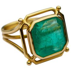 Jade Jagger Emerald Kryptonite Gold Ring. 18k Yellow Gold Minimalist Ring. ct, c 2013