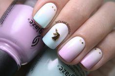 let's nail Moscow: нежный-нежный градиент с China Glaze + единорог ;)