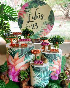 Jungle Theme Birthday, Happy Birthday Baby, 18th Birthday Party, Birthday Party Themes, Tropical Party Decorations, Tropical Decor, Birthday Decorations, Aloha Party, Luau Party