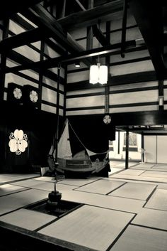 Interior of traditional Japanese home built in 1878. The home has been designated by Japan as a national designated important cultural asset in December 27, 1994. Photography by Omi Genji on photohito