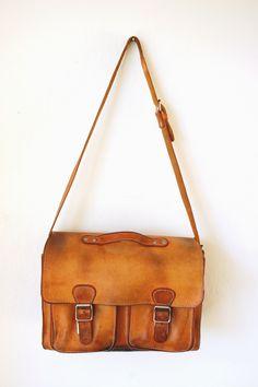 Oude leren school tas van Original Ruitertasssen. Old leather school bag.  « van OnS