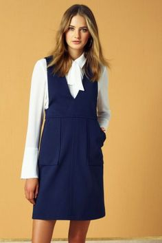 How cute is this pinafore dress!? The perfect combination of interview smart and super chic!