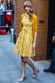 54 ideas vintage dresses casual taylor swift classy for 2019 Taylor Swift 2012, Estilo Taylor Swift, Taylor Swift Hair, Taylor Swift Outfits, Taylor Swift Fashion, Taylor Swift Style Casual, Looks Con Shorts, Estilo Boho, Street Style Looks