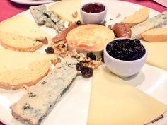 Tabla de quesos con mermeladas caseras...ñam ñam