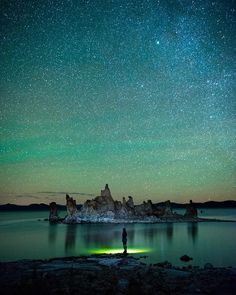"""""""Mono Lake, California with @howiwishiwasafish."""" @travisburkephotograpghy"""